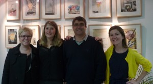 Valérie Pihet, Louise et Marc Issandou, Emilie Hermant au vernissage d'Anouck à Dourdan (8 octobre 2015).